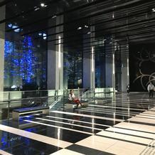 タワー1階 エスカレーター