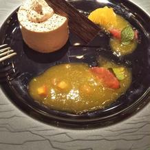 デザートです。チョコ×オレンジソース