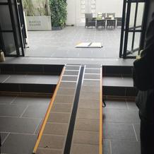 チャペル前階段バリアフリー対応