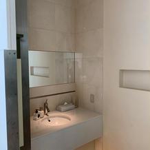 ブライズルームの専用トイレ