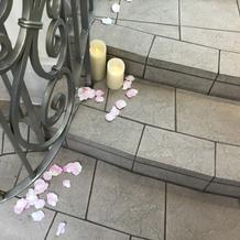 演出 階段の花びら