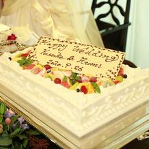 ふわふわのケーキに仕上げていただきました