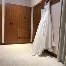 ドレス試着室