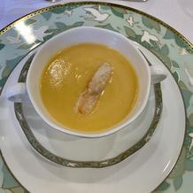 ふかひれ入り蟹の卵スープ