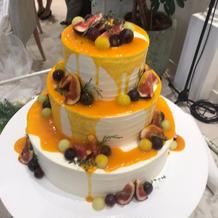 プリュイドゥボヌールドリップケーキ