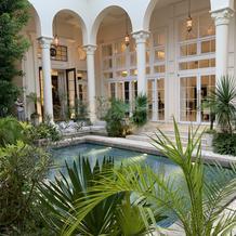中庭ガーデンプール