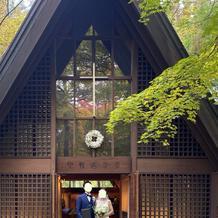 温かな雰囲気の教会