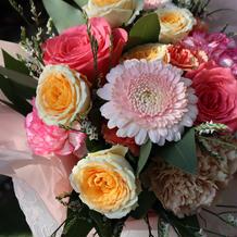 ブーケトスの花束、綺麗でした。