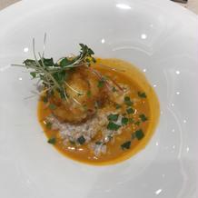 オマール海老と小麦リゾットビスクスープ