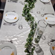 長方形のテーブルもあります