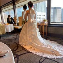 プラン内のウェディングドレス