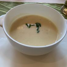 ジャガイモとネギのスープ