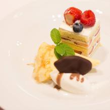 ウェディングケーキ&デザート