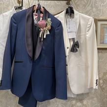 新郎スーツ 白、カラー