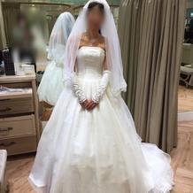 ウェディングドレス(挙式時)