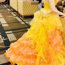 追加料金なしのカラードレス