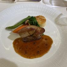 お肉はもちろん、野菜の素材の味が美味しい