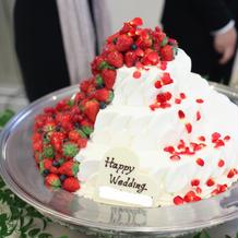 ウェディングケーキ 高さ出しなし