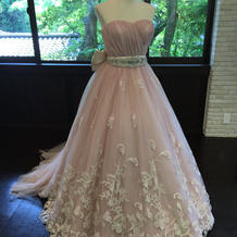 借りられる衣装の一例(ドレス)