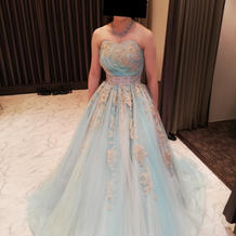 試着カラードレス