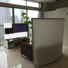 ブライズルーム 大型テレビ
