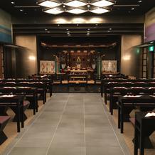 神殿2。モダンな雰囲気。