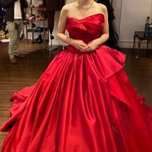 カラードレスはレッド