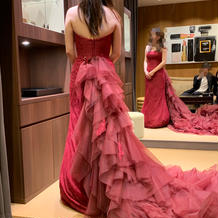 珍しいカラーのマーメイドドレス