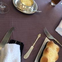 パンもバターも一流