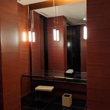 化粧室(トイレ内)