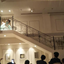 披露宴内の階段
