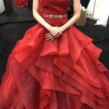 ディスティニーライン 赤カラードレス