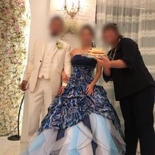 追加料金が発生するドレスです