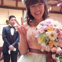 花の色とドレスがあっていた。