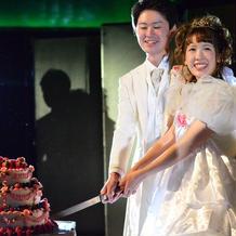 プリンセスなケーキにもよく合うドレス
