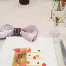 彩りが綺麗な前菜。