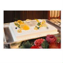 デザートのケーキ(ケーキ入刀で使用)