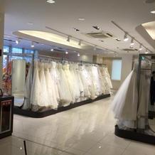 広い衣装室