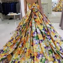 カラードレスは蜷川実花ドレス