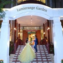 ルミエランジェの入口です。