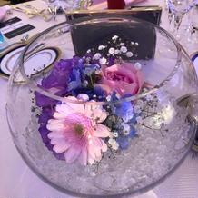 テーブル装花も可愛い!