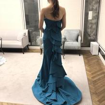 一目惚れしたカラードレス