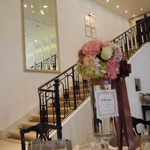 披露宴会場の大階段