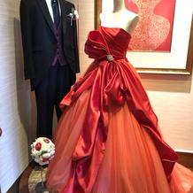 いろんなブランドのドレスがありました。