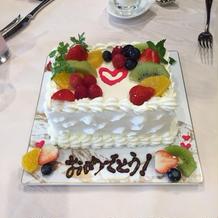 各テーブルでのケーキデコ、好評でした!