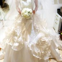 候補に上がったドレスです。