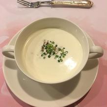 スープ。クリーミーで美味しかったです。