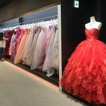 憧れのドレスが沢山ありました!