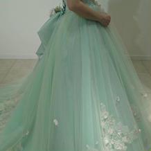 式場のカラードレスです